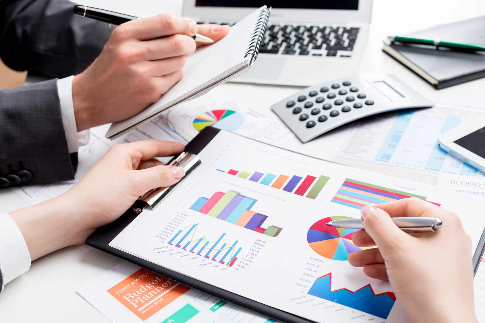 Graphs, pie charts and calculator