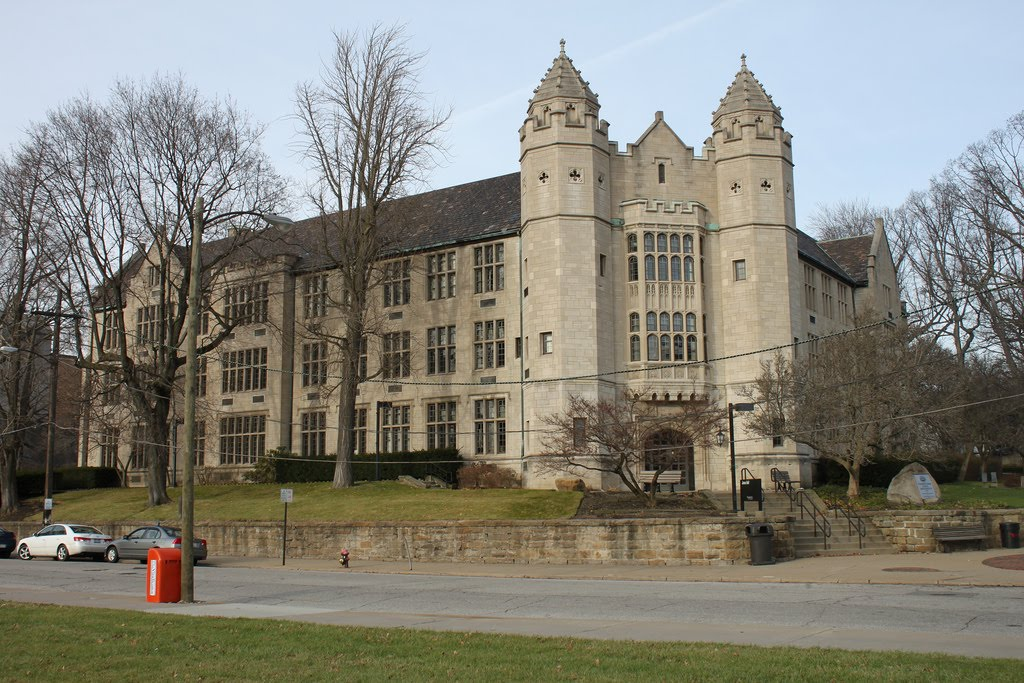 10 Youngstown State University Library Resources You Need to Know