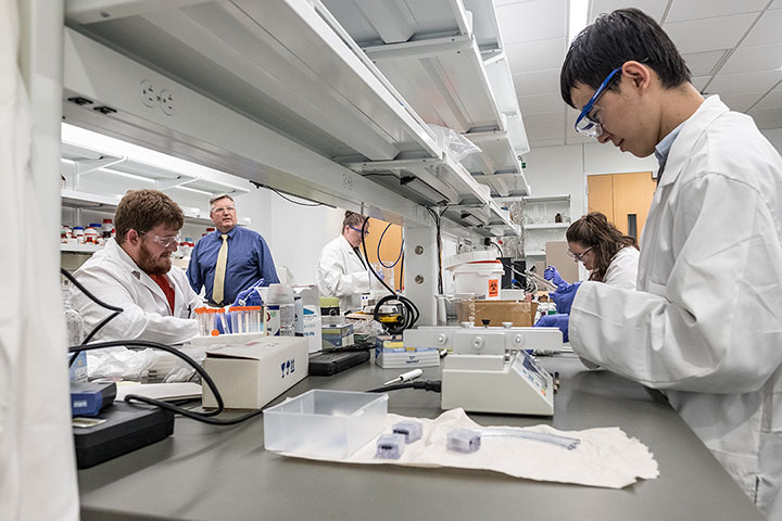University of Memphis BioMedical Engineering Students in Lab