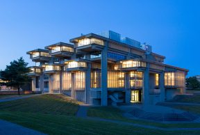 10 UMass Dartmouth Library Resources You Need to Know