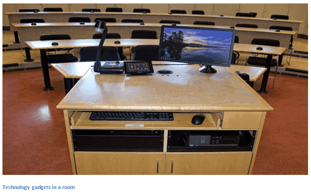computer tech in lecture room