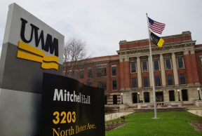 Jobs and Opportunities for Students at University of Wisconsin – Milwaukee