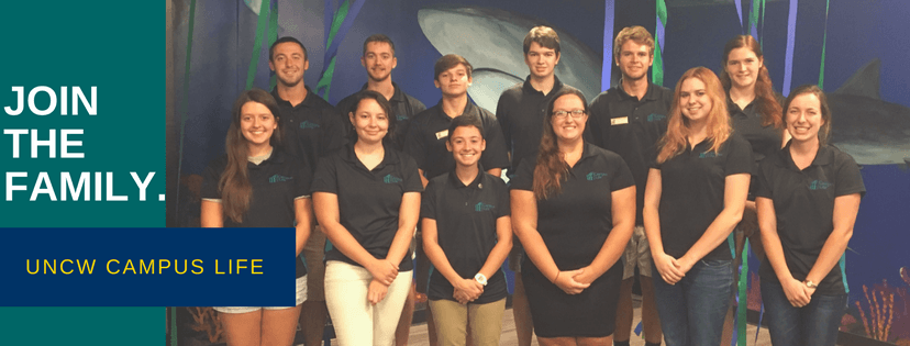 This is a group of Sharky's Associates posing for a picture!