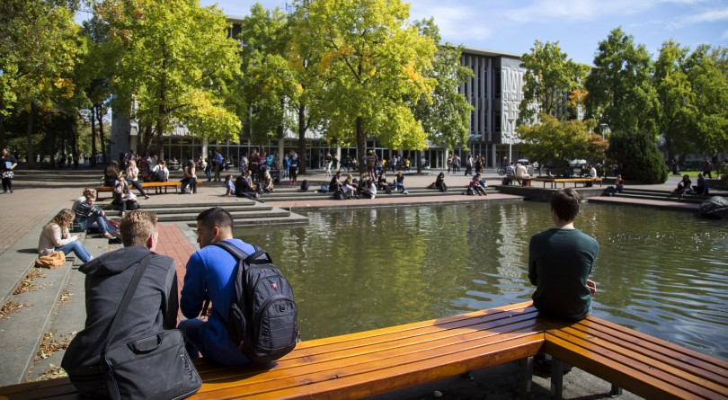 Restaurants & Cafes For Students at University of Victoria