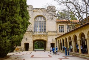 Restaurants and Cafes For Students at the UWA
