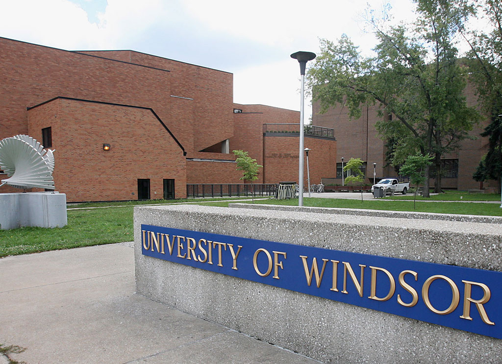 Restaurants and Cafes for Students at University of Windsor