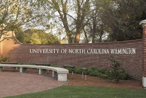 Restaurants and cafes near  the University of North Carolina Wilmington