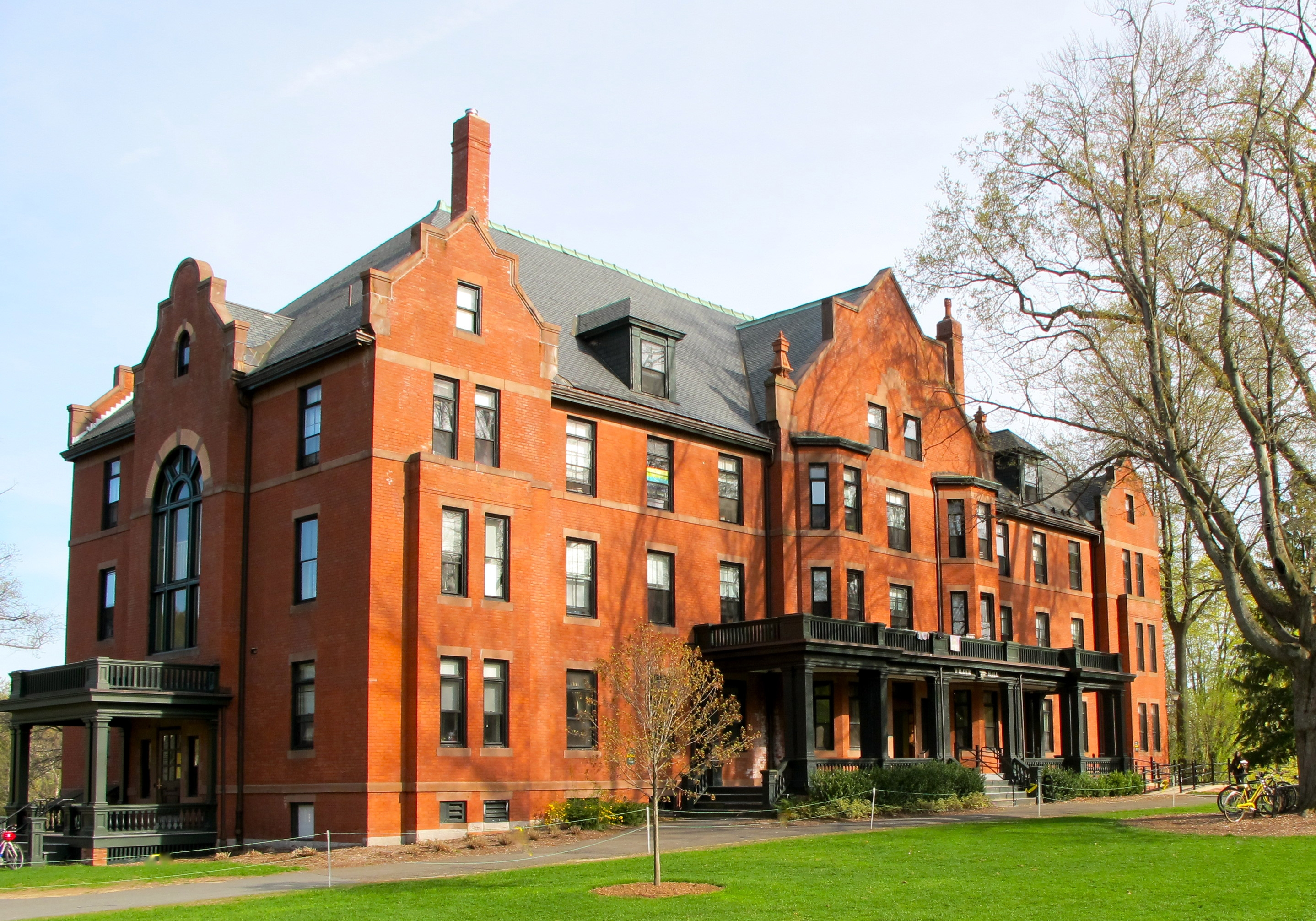 Top 10 Library Resources at the Mount Holyoke College