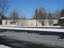 Busch/Livingston Hospital