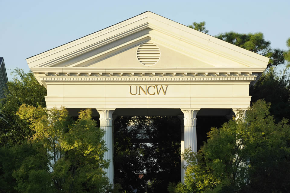 Jobs and Opportunities for Students at UNC Wilmington