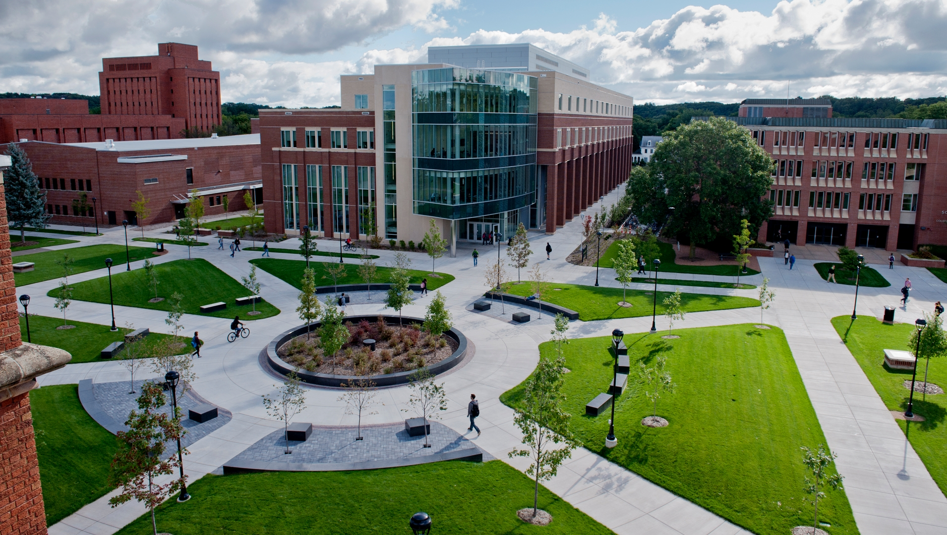 Restaurants and Cafés for Students at the UW Eau Claire