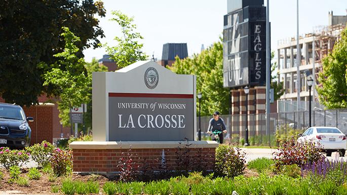 Jobs for College Students at UW La Crosse
