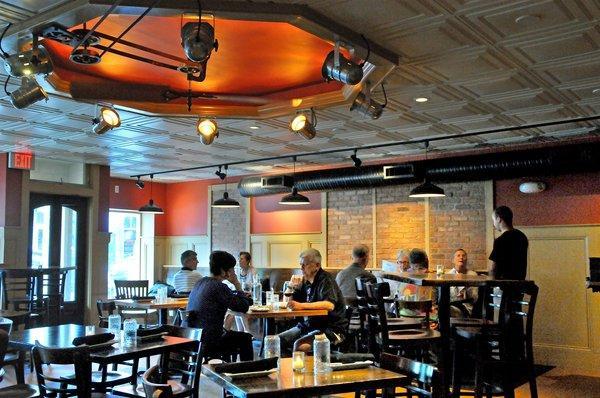 Dinning hall of Cafemantic