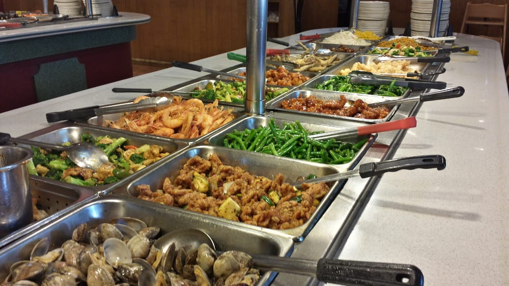 picture of buffet food