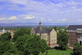 Restaurants and Cafes near or at University of Denver
