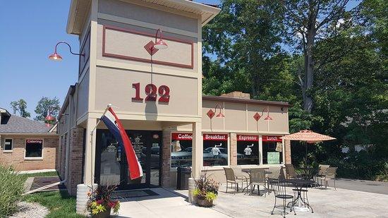 An image of Grinds 122 Café at brockport