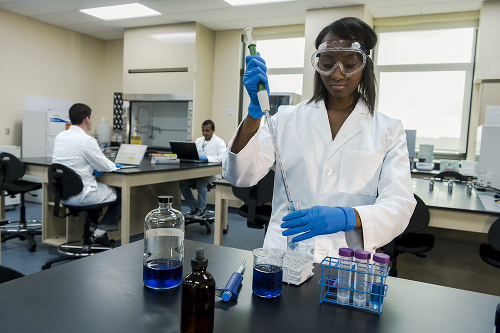 Student working in a lab.
