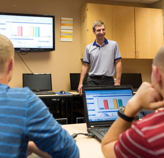 A computer programming class at Millikin University.
