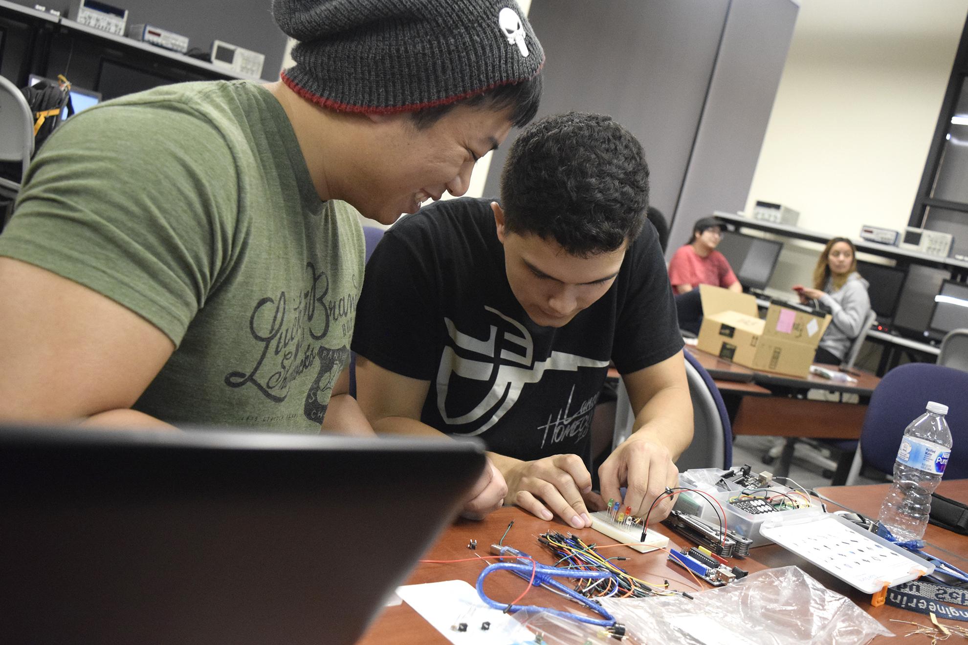 California Baptist University Club host Tutorial for Engineering Students