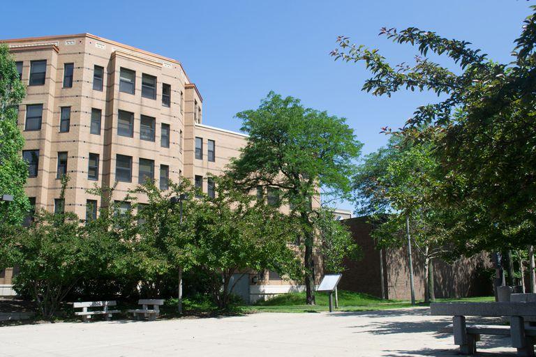 10 Hardest Courses at the University of Illinois, Chicago