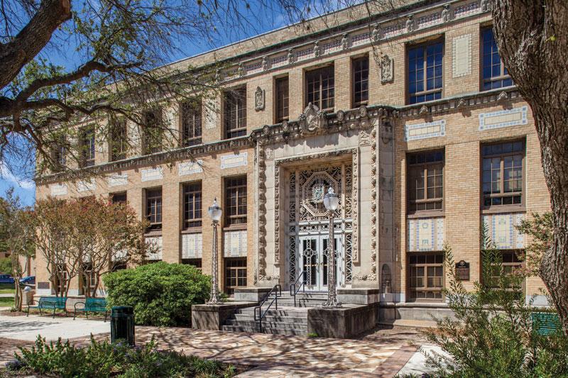 Top 10 Coolest Classes at Texas A&M University