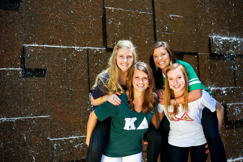 group picture of sorority sisters