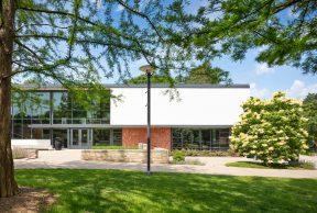 10 Coolest Courses At Drake University
