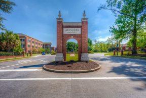 10 Coolest Courses at Augusta University