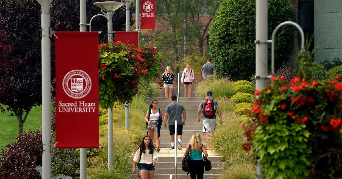 10 Coolest Courses at Sacred Heart University
