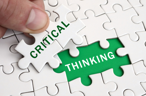 Jigsaw pieces written CRITICAL THINKING