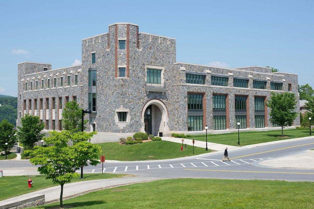 10 Coolest Courses at Marist College