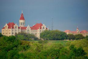 10 Coolest Courses at St. Edwards University