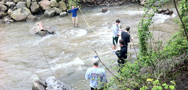 Geology students field experience.