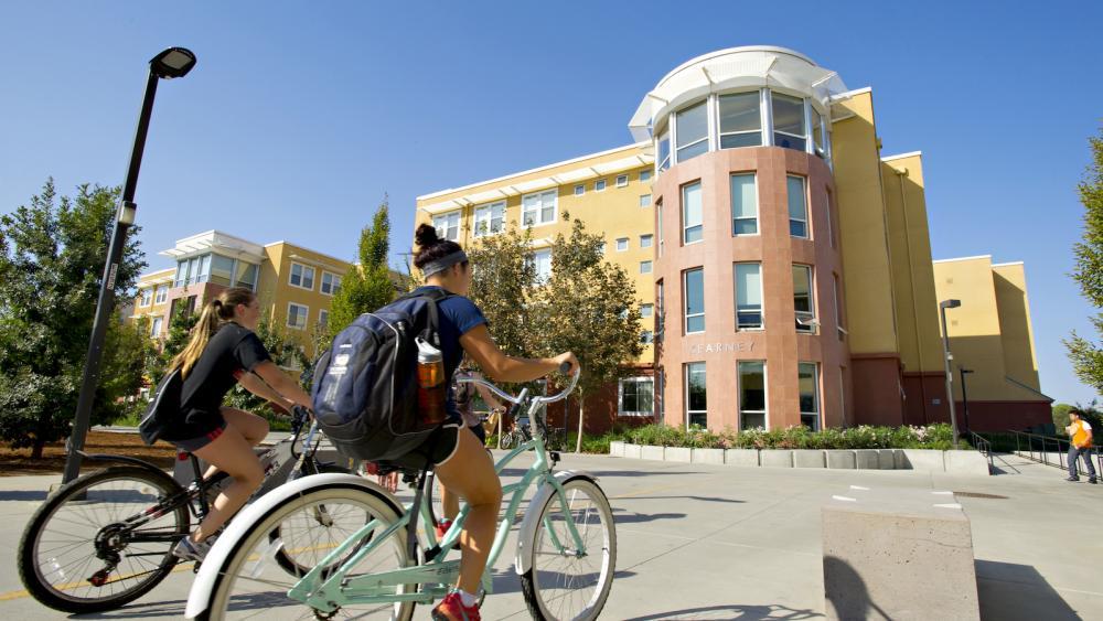 Top 10 Scholarships at UC-Davis