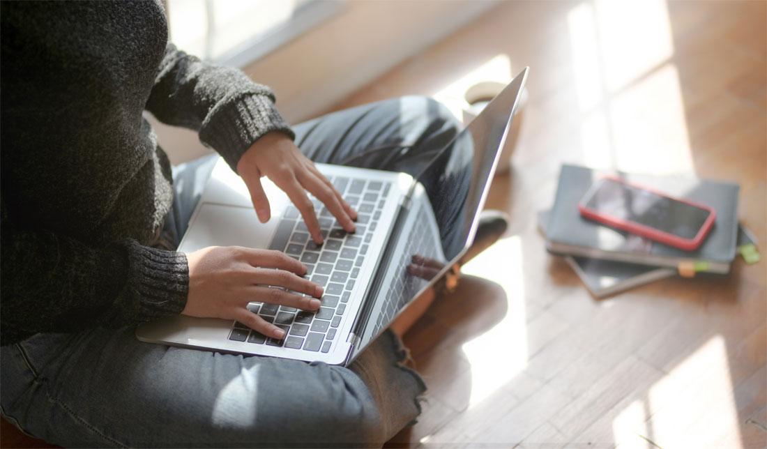 Why Choose Online Tutoring vs In-person Tutoring?