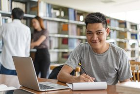 8 Ways to Earn College Credits Before College